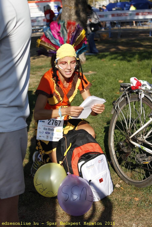 Mira jelmezben az idei SPAR Budapest Maratonon